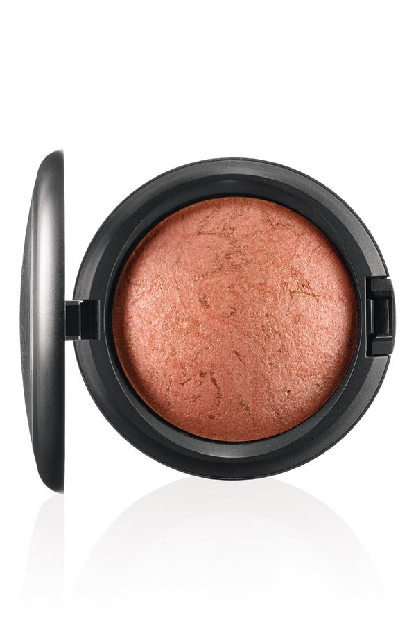 MAC MINERALIZE SKIN FINISH CANDLELIGHT